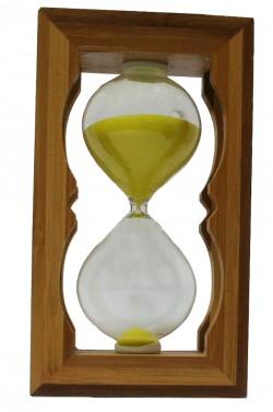 Часы песочные в бамбуке желтый песок