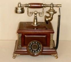 Ретро телефон 972