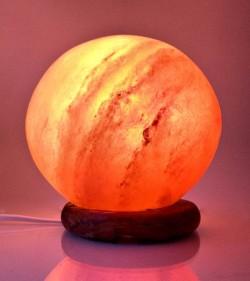 Соляная лампа Шар (d-14 см) (S-034)(12 шт/ящ)(Гималайская соль)