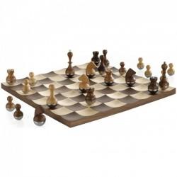 Шахматы Wobble Umbra Walnut