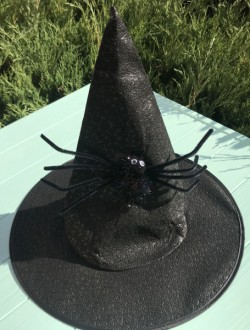 Шляпа ведьмочка с большим пауком