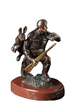 Бронзовая скульптура Охотник