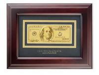 Банкнота 100$ в деревянной рамке