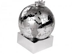 Паззл в виде земного шара с кораблем