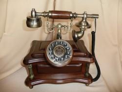 Телефон-ретро 973