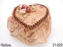 Шкатулка сердце с цветочками