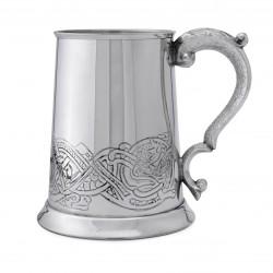 Пивная кружка с кельтским узором