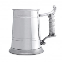 Пивная кружка с ручкой в виде каната