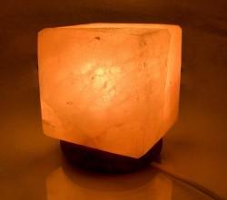 Соляная лампа (S-028) Куб (Гималайская соль)
