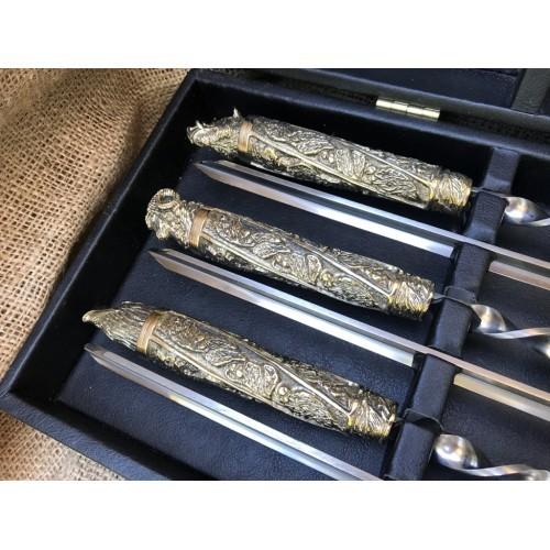 Набор шампуров Дикие звери с ножом и вилкой в кейсе