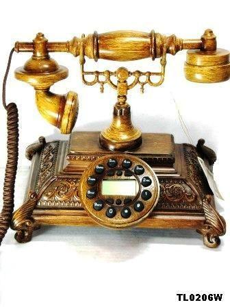 Ретро-телефон  Дерево