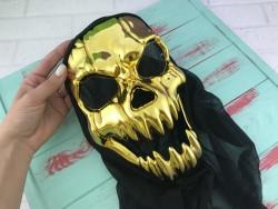 Маска Золотой череп