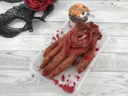 Муляж Рука в тарелке