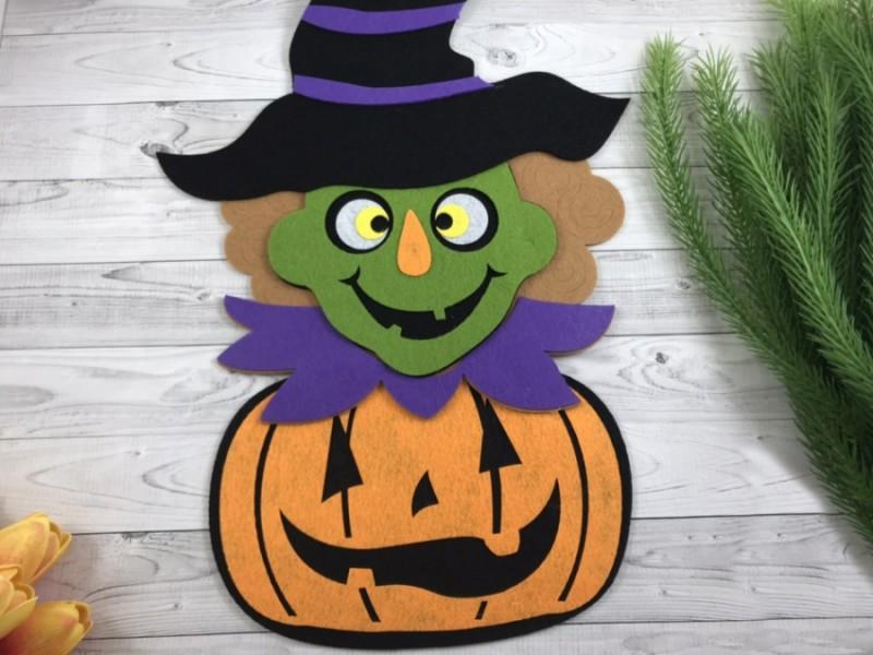 Декоративная подвеска Halloween Ведьма с тыквой