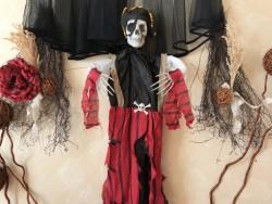 Подвесной скелет Пират в костюме