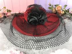Шляпа с розой Дама в красном