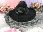 Шляпа с розой Дама в черном