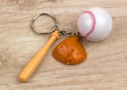 Брелок набор бейсболиста