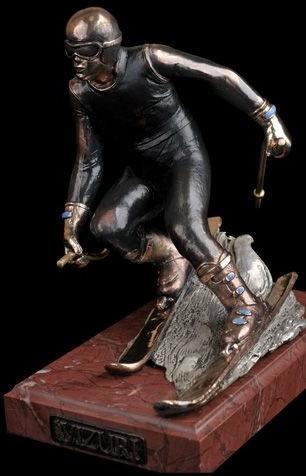 Бронзовая статуя Горнолыжник