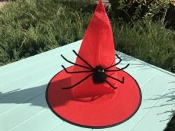 Колпак ведьмочка с большим пауком красная