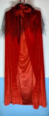 Плащ бархатный красный с вуалью и капюшоном