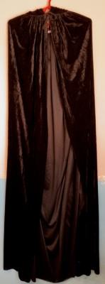 Плащ бархатный длинный черный с капюшоном