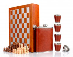 Подарочный набор фляжка со стопками Шахматы