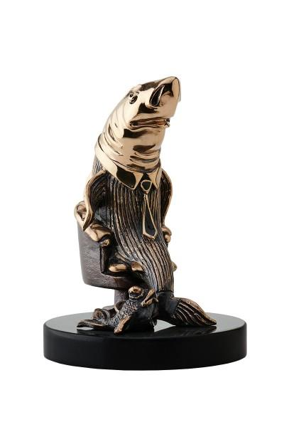 Статуя из бронзы Акула Бизнеса