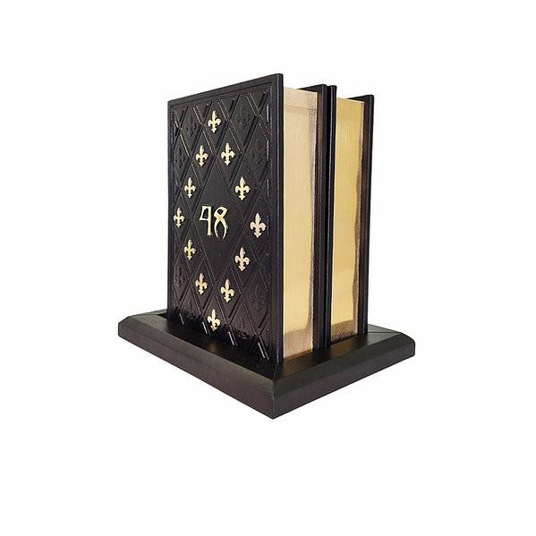 Комплект  на кожаном постаменте 48 Законов власти и 33 Стратегии войны