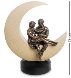 Статуэтка  Любовь до луны