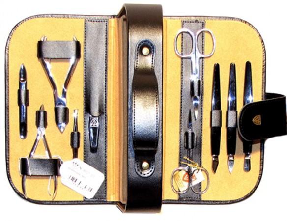 Маникюрный набор 8807