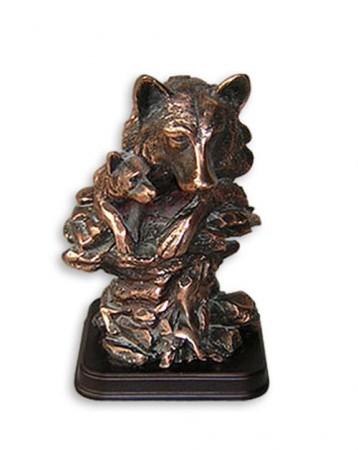 Статуэтка голова волка и волченок E051
