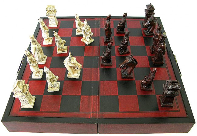 Шахматы Антик