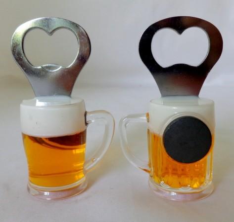 Магнит Бокал пива с открывашкой