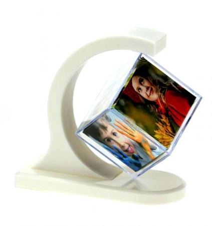 Фоторамка Дуга с кубом