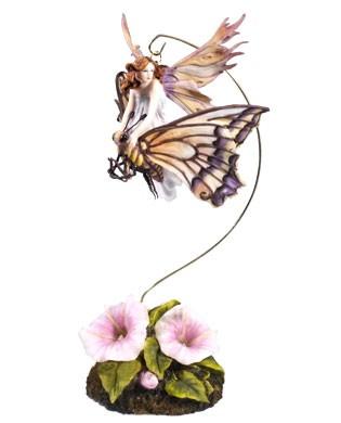 """Статуэтка """"Фея-малютка на  бабочке"""""""