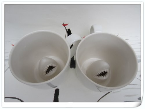 Чашка акула с ручкой