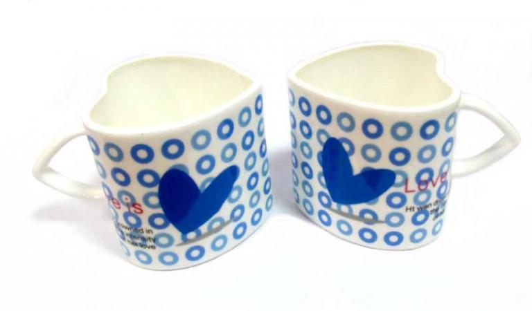 Чашки сердечко белое