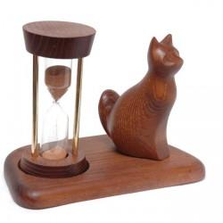 Часы со скульптурой Кот сидящий