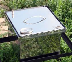 Коптильня из нержавеющей стали (300х300х200) с термометром