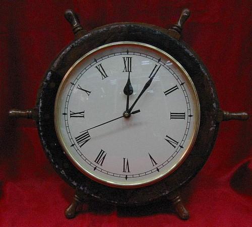 Часы штурвал