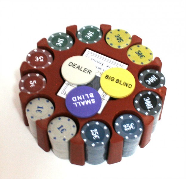 Покерный набор на 240 фишек